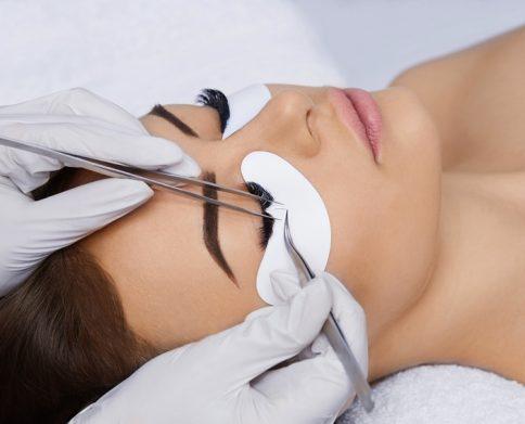 Eyelash Extensions (Wimpernverlängerung)